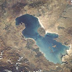 """<span itemprop=""""name"""">دانلود تحقیق دریاچه ارومیه</span>"""